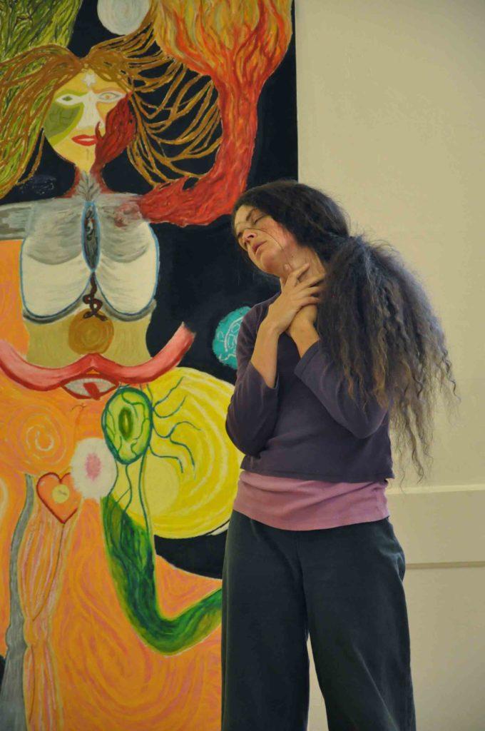 formation neurosciences, neurodanse, accomapgnement solo entrepreneur, life art process, art thérapie, danse thérapie, formation cerveau, processus de changement, Retraite dansée - Life art process, autoportrait, Béatrice Maine