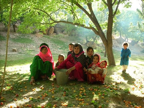 Yokolang, village isolé du nord de l'Afghanistan, juillet 2007, photo Béatrice Maine